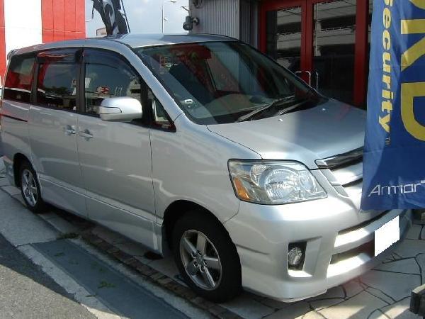 ノア★AVIC-VH09CS・カーナビ取り付け