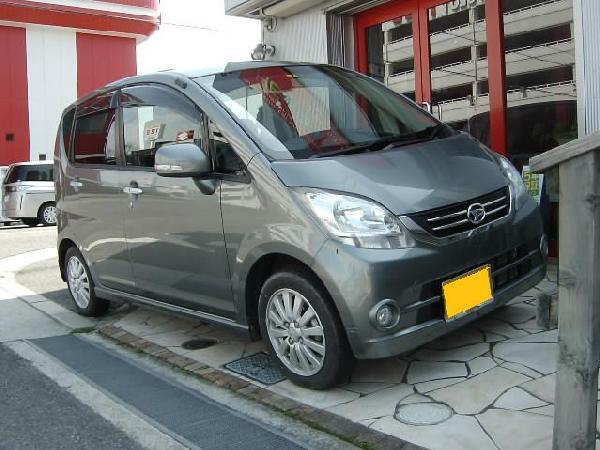 ムーヴ☆AVIC-ZH07カーナビ取り付け奈良県からお越しのお客様です。 遠い所からご来店誠にありがとうございます。 さて、作業内容はと言うと・・・。